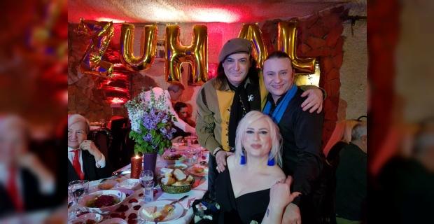 Zuhal Aktan, doğum gününü sanatçı dostları ile kutladı!