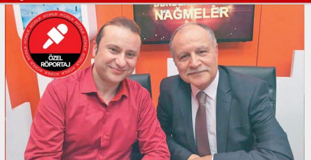 Onur Akay, Zeki Müren'in nüfus cüzdanını yayınladı!