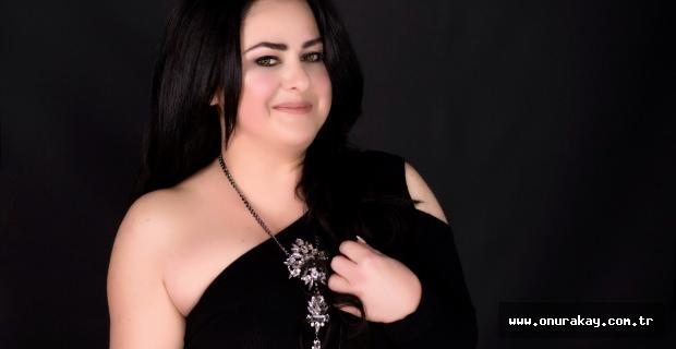 Ünlü fenomen şarkıcı oldu! Nevin'den single sürprizi…