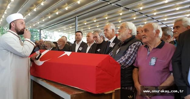 Tarık Ünlüoğlu'nun cenaze töreninde ünlülerin gözyaşları!
