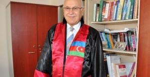 bProf. Dr. Ali Berat Alptekin hayatını.../b