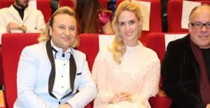 4. 'OnurAkayMedya Yılın Ödülleri' sahiplerini buldu!