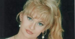 Sevilen şarkıcı Özge Özen hayatını kaybetti!